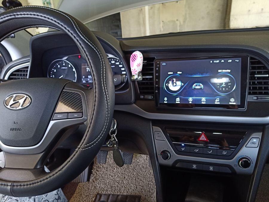 2020 Hyundai Elantra - Interior Front View
