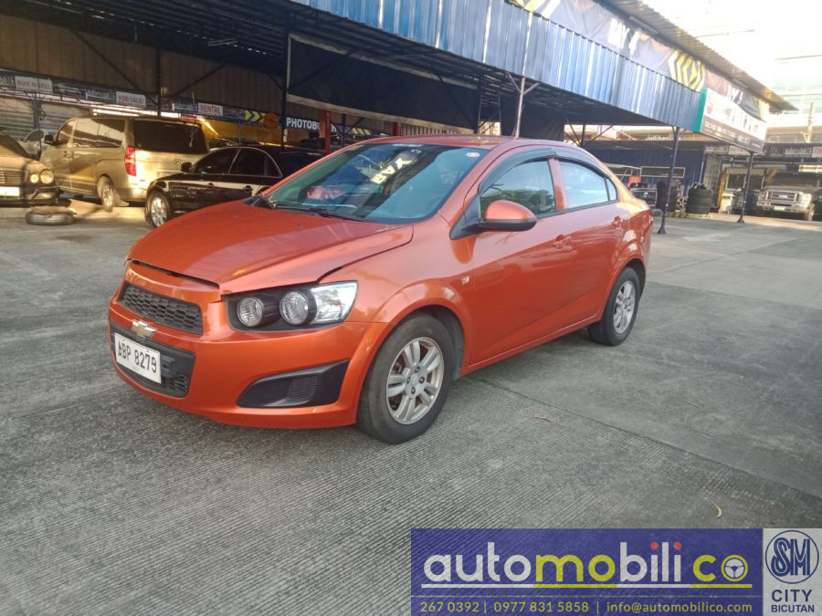 2015 Chevrolet Sonic - Right View