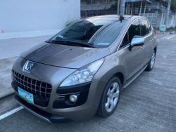 2012 Peugeot 3008 - Front View