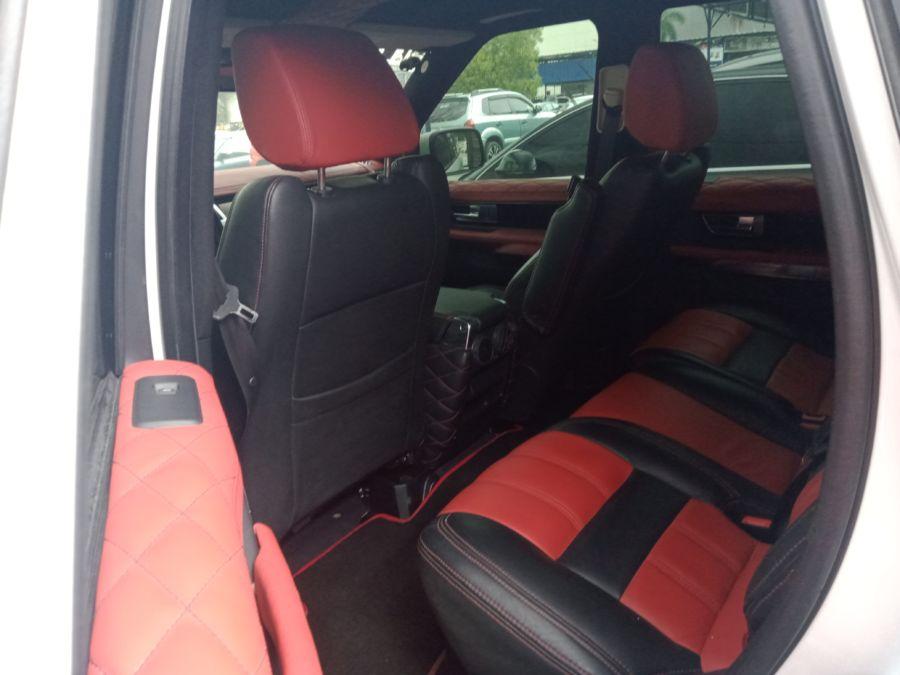 2012 Land Rover Range Rover - Interior Rear View