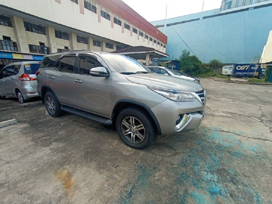 2018 Toyota fortuner G - Left View