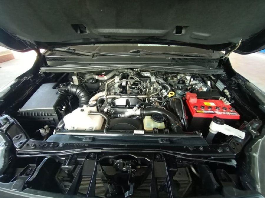 2019 Toyota Innova E - Interior Rear View
