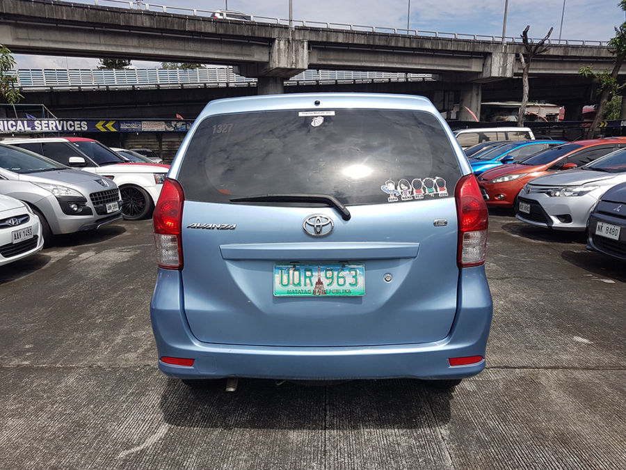 2013 Toyota Avanza E - Rear View