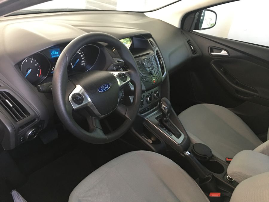 2013 Ford Focus - Interior Front View
