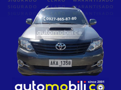 2015 Toyota fortuner G - Front View