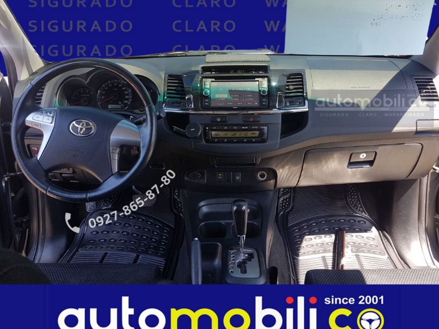2015 Toyota fortuner G - Interior Front View