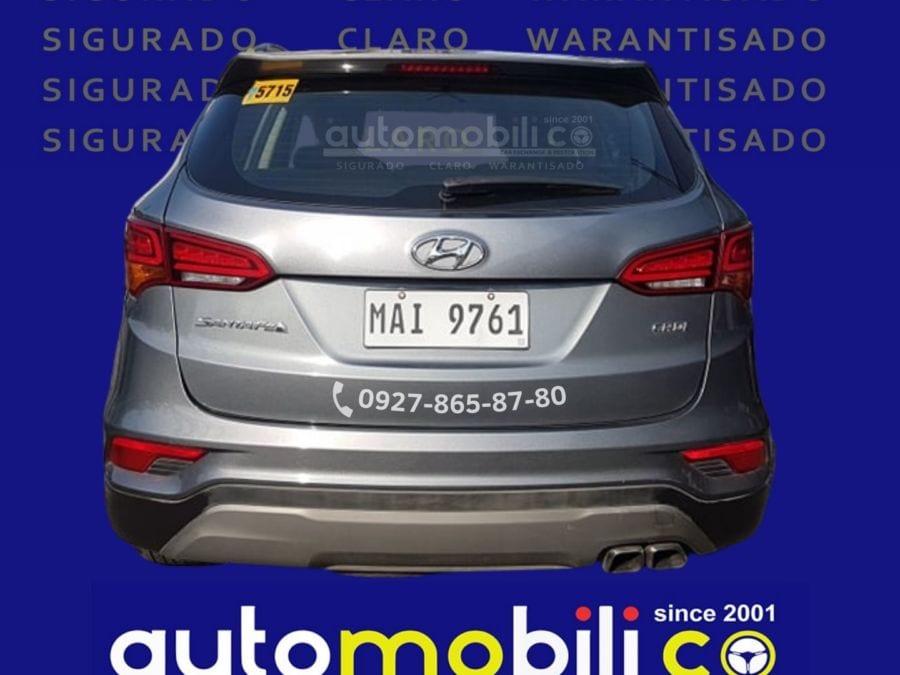 2019 Hyundai Santa Fe CRDi - Rear View