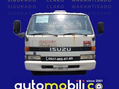 2006 Isuzu ELF Truck - Front View